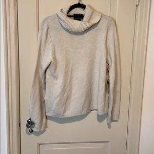 Cynthia Rowley Sweaters - Cream sweater with open bows on the side